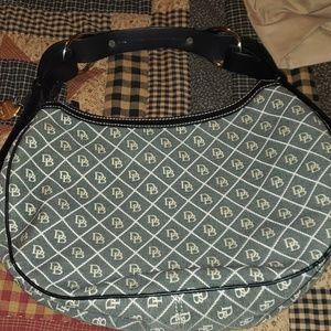 Dooney & Bourke small purse